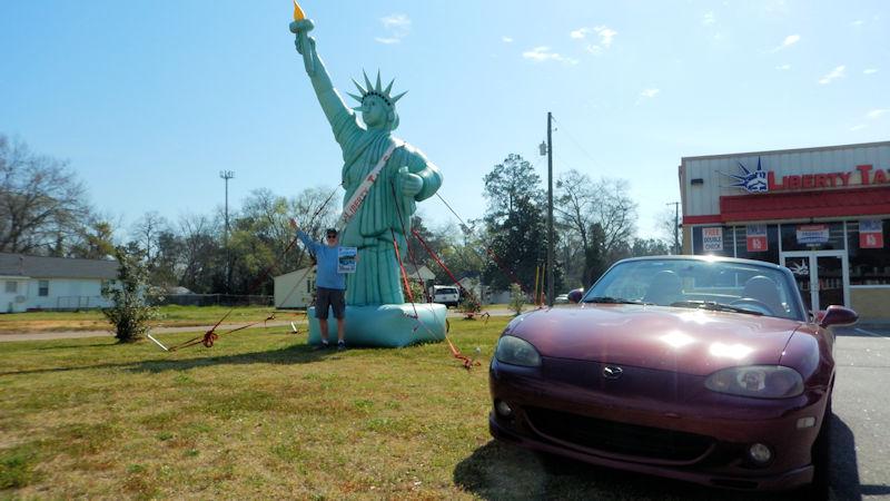 Destination - Famous Statue
